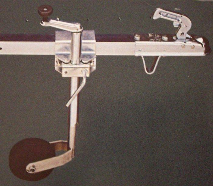 Roue Jockey 35 + Support pour tube carré de 40 à 60mm