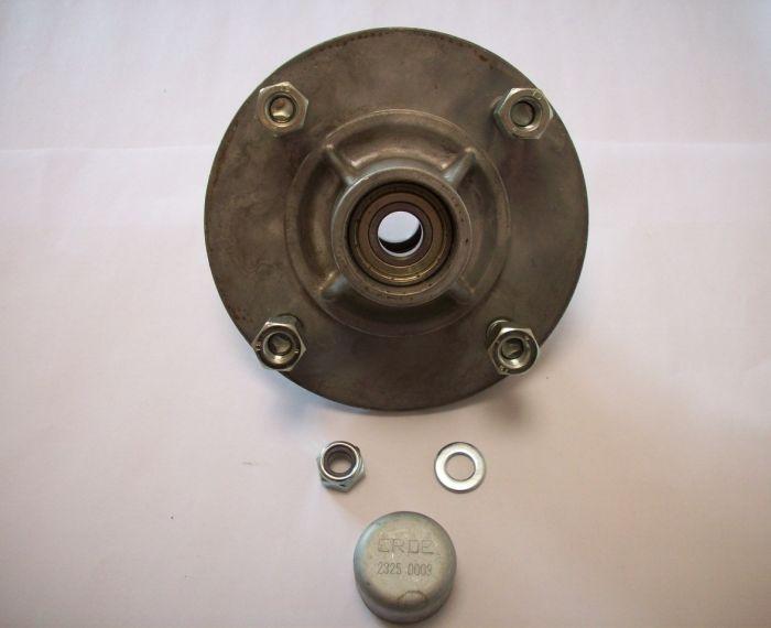 Moyeu complet ERDE - 4 trous - entraxe 115 mm